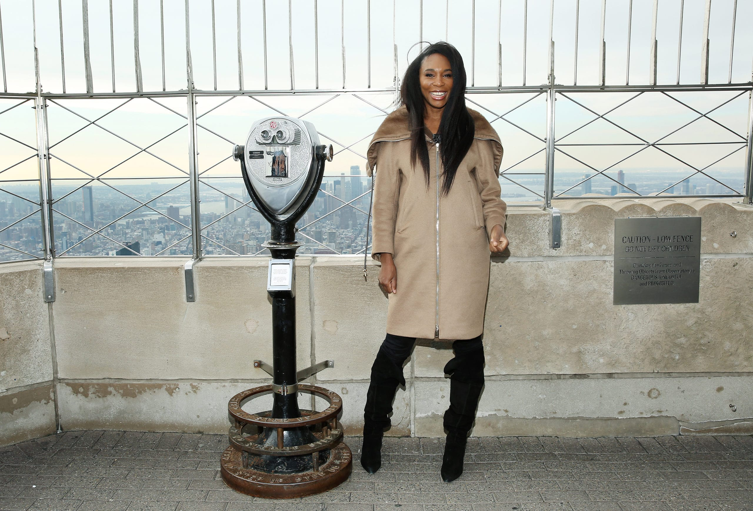 Empire State Building Hosts Venus Williams and American Express In Support Of Small Business Saturday