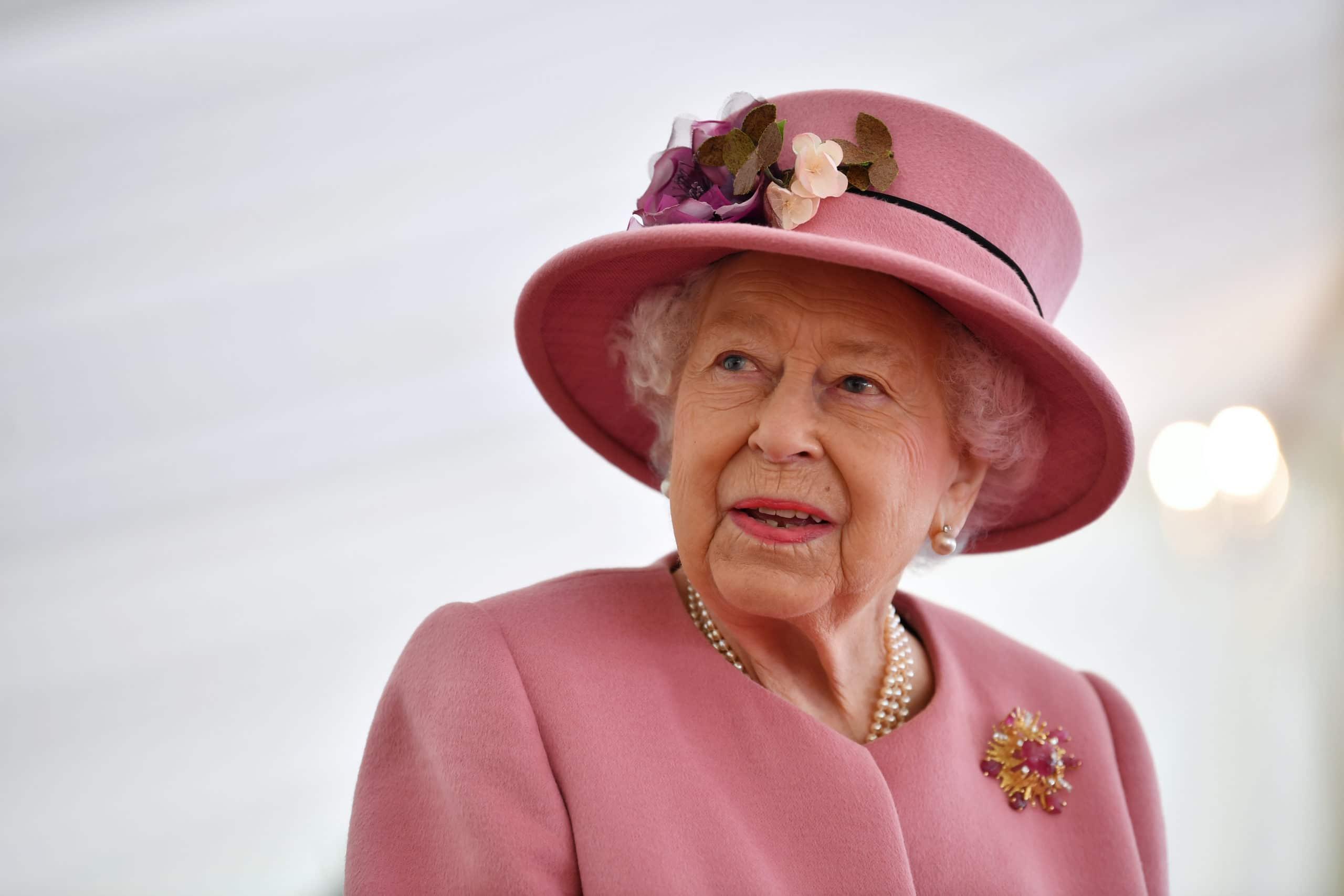 The Queen And Duke Of Cambridge Visit Dstl Porton Down